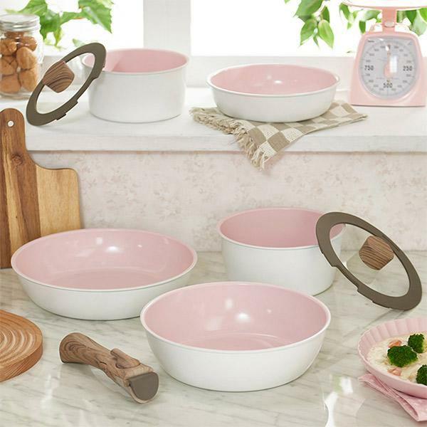 ホワイト&ピンクのポット・フライパン8点セット