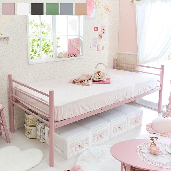 くすみダスティカラーのシンプルベッド